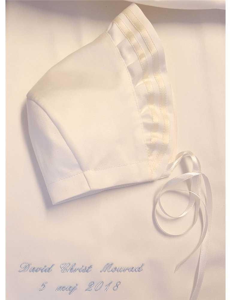 Hvit dåpskjole med luksuriøs dåpskjole