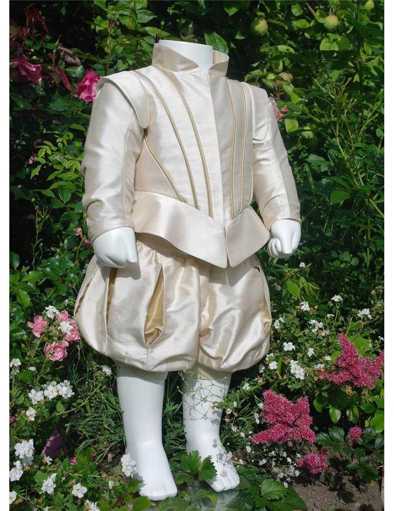 nydelig dåpskjole til sommerdåp