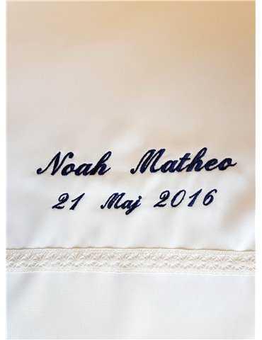 Dopklänning till sötaste pojken