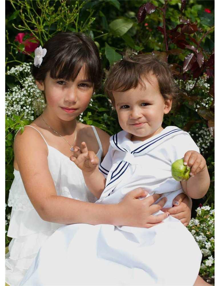 Dopklänning i unisexmodell likt hovet