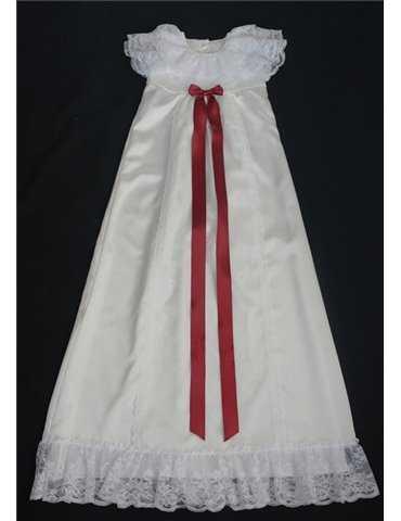 Dopklänning med lyxig spets